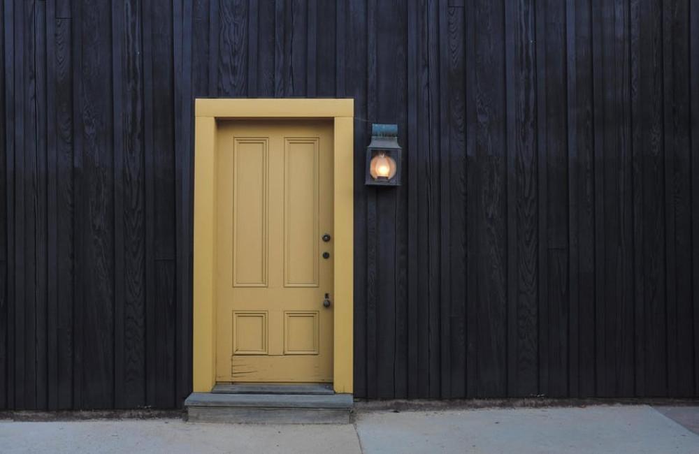 Waar moet je op letten bij het uitkiezen van een deur?